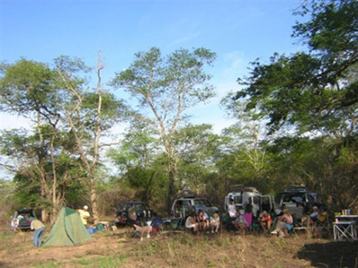 Field group camps in Quicama, Angola.