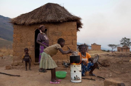 A highlight of the year was delivering 80 fuel efficient stoves for the families at Kanjonde.