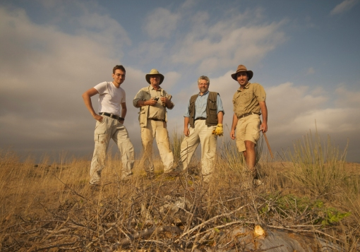 PaleoAngola Team in Angola. Photo courtesy http://lusodinos.blogspot.ca