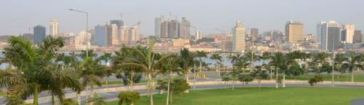 Luanda's new marginal, construction completed August 2012. Photo